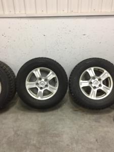 4 pneus d'hiver P275/65r18