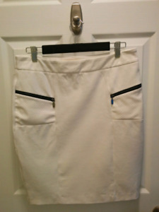 Women's size large Skirts