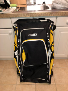 GRIT HOCKEY SPORTS BAG - MINT CONDITION