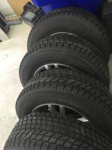 4 Mags d'hiver avec pneus