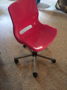 Ikea Snille Pink Desk Chair