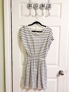 H and M Casual Dress - Size M