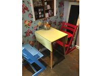 Vintage retro extendable table