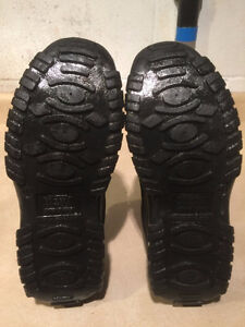Men's Rugged Outback Slip-On Shoes Size 11 London Ontario image 4