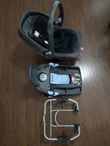 Peg Perego Primo Viaggio 4-35 Infant Car Seat made by feb 2018