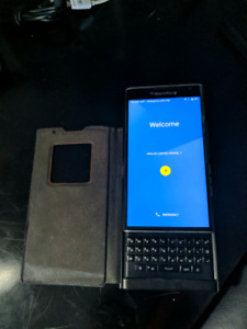 BLackberry Priv 32gb Like new in 9/10 condition always in a case