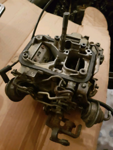 Chevy 2.8L carb and breather cover