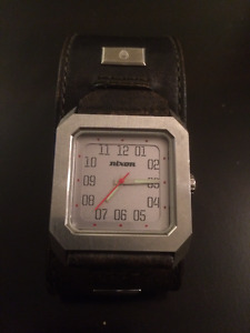 Mens Nixon watch - works perfect + beautiful leather strap