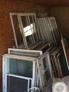 Century Old Windows for Sale, $15 each Kingston Kingston Area image 2