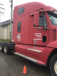 99 freight liner century with cat single turbo.