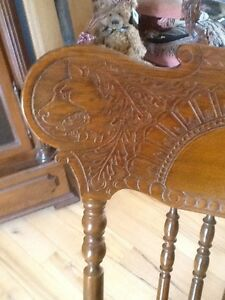 Antique Rocking Chair Kitchener / Waterloo Kitchener Area image 2