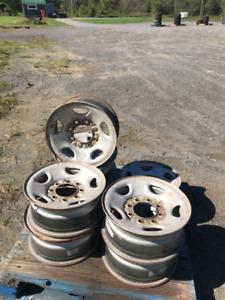 Rims et pneus usager a vendre