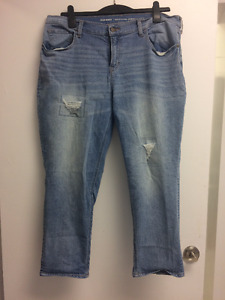 Old Navy Boyfriend Ankle Jeans - Size 16