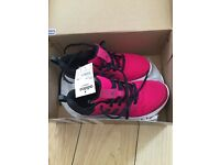 Adidas shoes new with box uk 4 us 5.5 36.2/3 22.5 cm