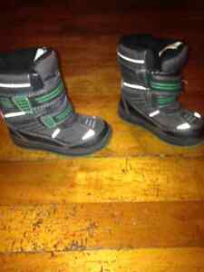 Boys boots,size 8 toddler runners,dress shoes