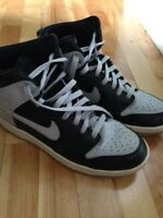Size 9 Black & Grey Nikes - REDUCED TO $15