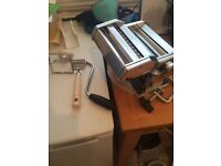 Pasta machine plus other pasta making bits..