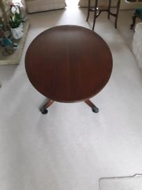 Vintage Oval Regency Style Mahogany Coffee Table