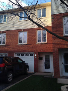 Grimsby- townhouse for rent