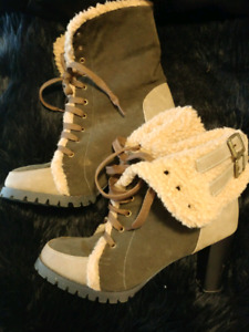 womens size 8 heeled boots!