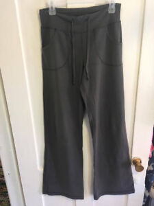 Lululemon Gray Size 6 Take it Easy Pant