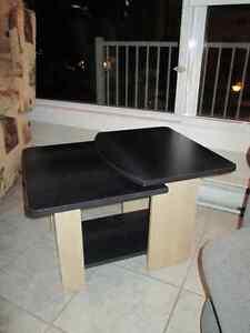 meubles et chaise bergere a vendre(négo) Saguenay Saguenay-Lac-Saint-Jean image 3