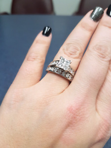 Stunning Engagement Ring and Band