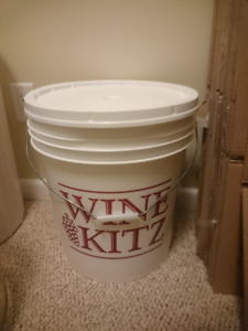Plastic Beer or Wine Making Pail