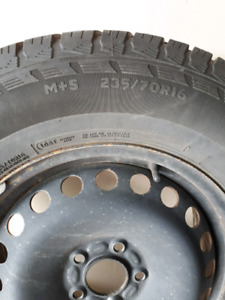 Motomaster Total Terrain A/T2 M+S size 235/70R16