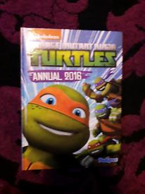 Ninja turtles annual 2016