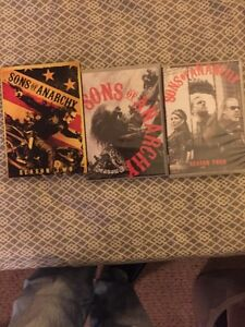 SONS OF ANARCHY ET WALKING DEAD quick sale 100$ West Island Greater Montréal image 1