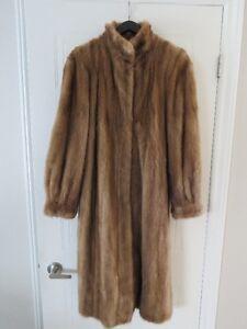 Vison pour femme plein longeur gr10-12 Ladies mink coat
