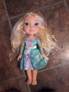 FROZEN Elsa Doll with Matching Toddler Dress 3T