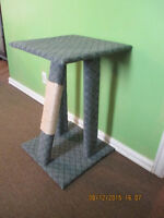 New Handmade Kitty Kat Top Bed with Scacthing Post