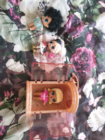 Lol dolls bundle