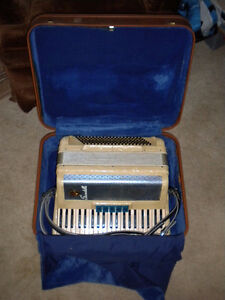 Nice Scandalli Accordion with case