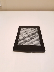 Kindle Paperwhite - almost brand new, barely used
