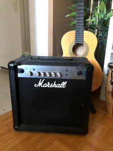 LIKE NEW — Marshall 15 Watts Electric Guitar Amp (MG15CF)