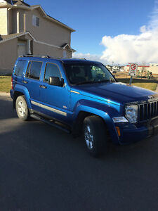 2010 Jeep Liberty SPORT 4X4 SUV, Crossover
