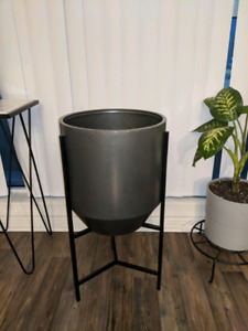 Large modern Grey Homesense Planter with Stand