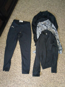 4 pce, YOUTH, size LRG, athletic base layer lot