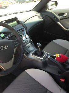 2013 Hyundai Genesis Coupe R-Spec Coupe (2 door) Regina Regina Area image 3