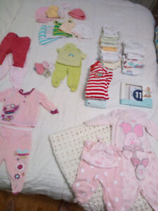 37 items of newborn girl clothing + monthly belly stickers