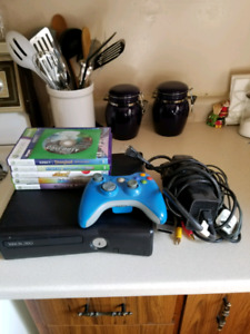 XBOX 360 WITH 6 GAMES