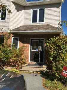 4 bedroom townhouse in bedford