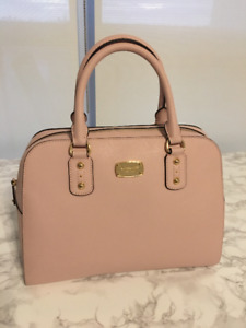 MICHAEL KORS Light Pink Leather Handbag with long strap
