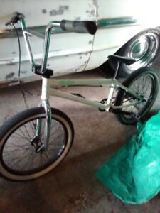 very well kept bmxeverthing works,325,obo,2045108320