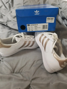 Adidas superstars BRAND NEW