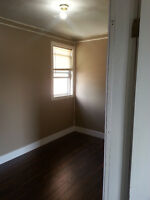 Quiet 1 Bdrm Downtown