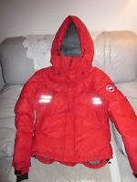 AUTHENTIC CANADA GOOSE RED MOUNTAINEER JACKET SIZE M